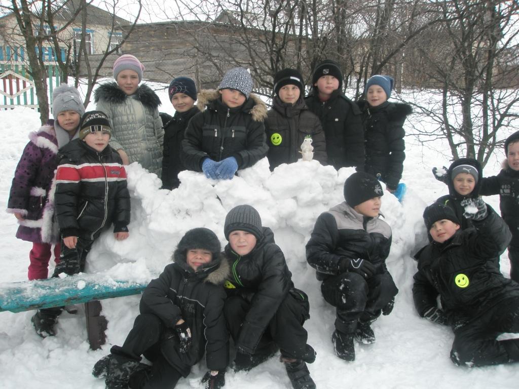 http://urivskscool.narod.ru/barikada.JPG